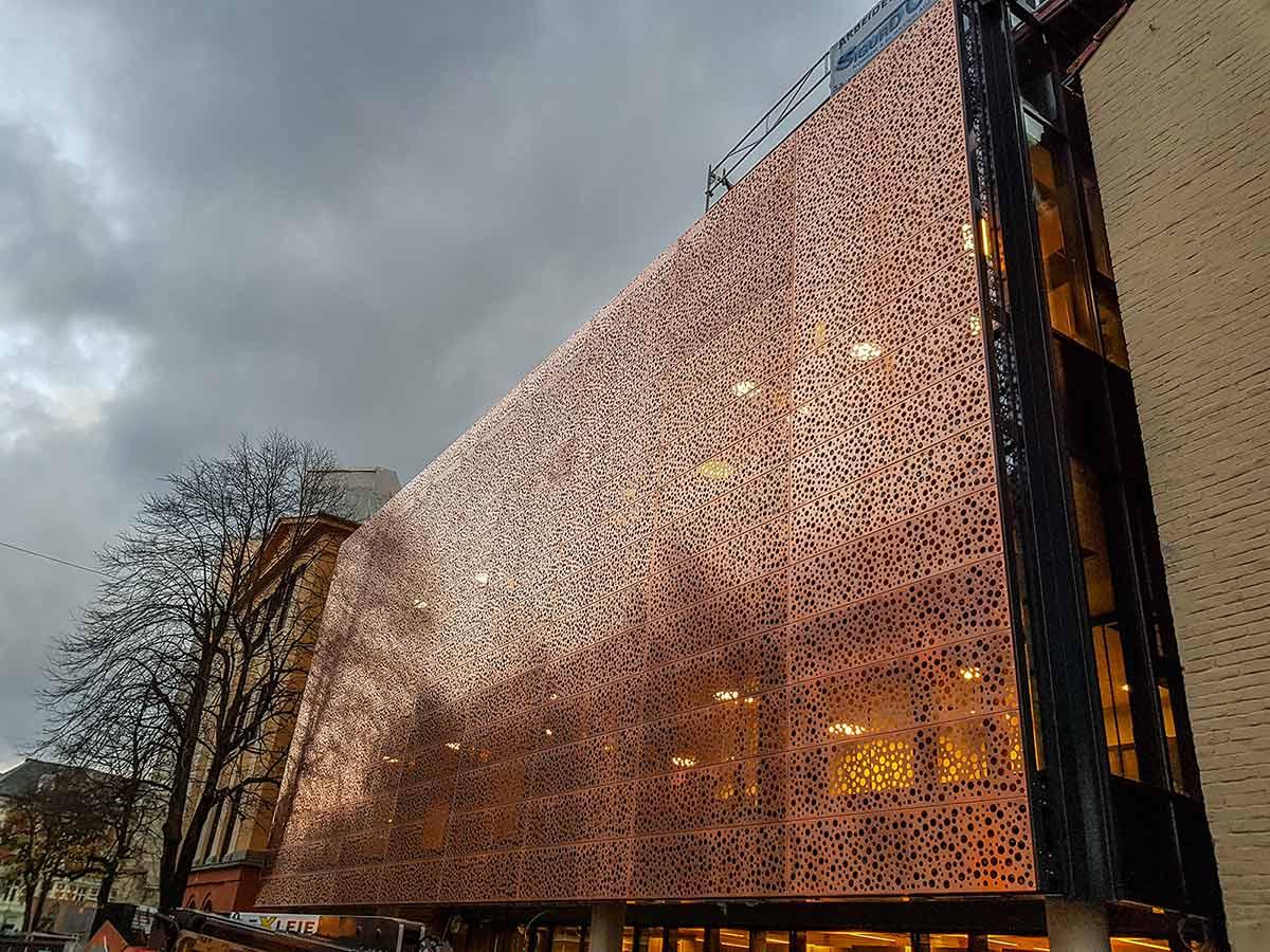 Bergen Katedralskole med kobberfasade 2017 (Sigurd Opheim as)