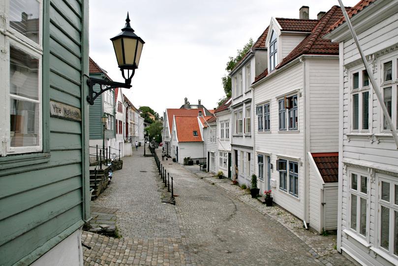 Trebyen, Ytre Markevei (Knut Strand)