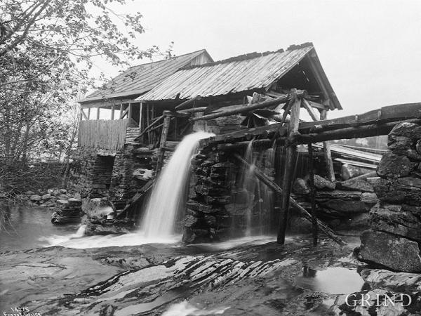 The Byrkjeland saw on Vikøy in Kvam in 1912