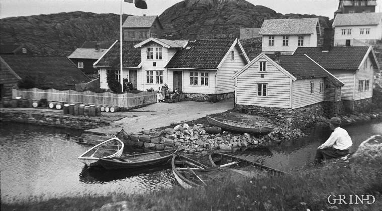 Handelsstaden  på Hernar tidleg på 1900-talet