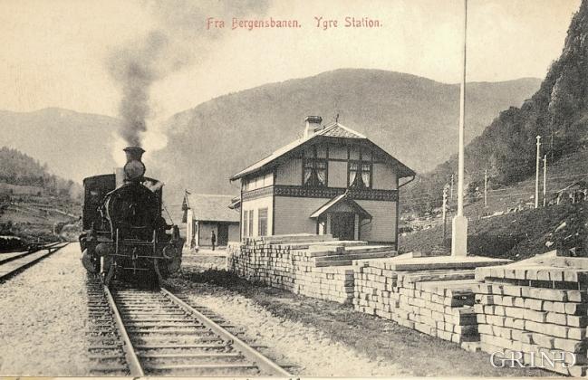 Postkort med bilete av Ygre stasjon frå kring 1920