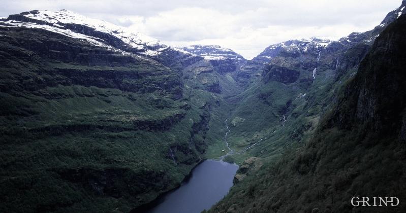 Gjønavatnet og Kikedalen