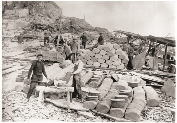 Working with roof slates in the slate quarry at Nordheim around the year 1900
