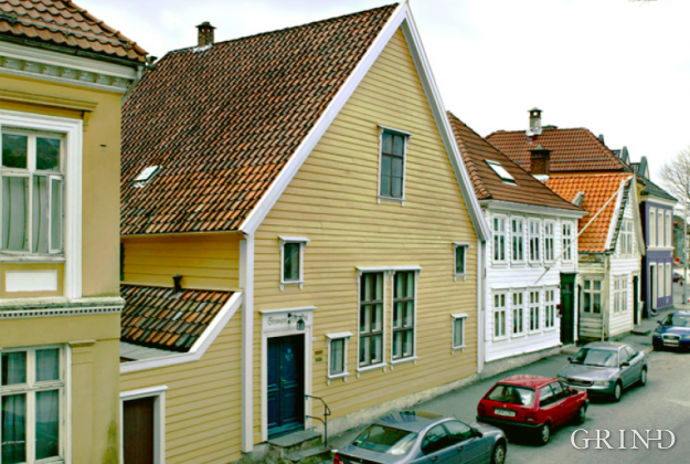Stranges stiftelse (Knut Strand)