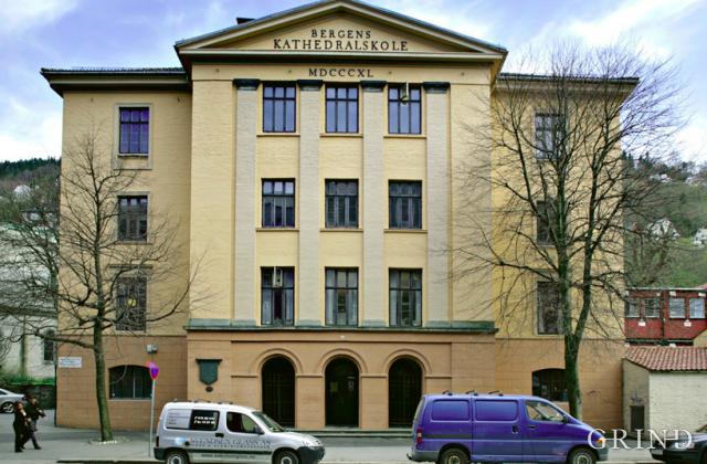 Bergen Katedralskole (Knut Strand)