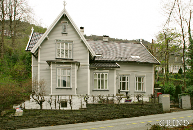 Villa Kalfarvei 54 (Knut Strand)