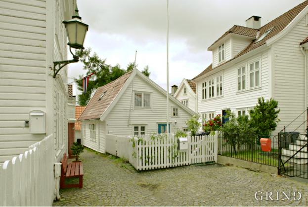 Trebyen, Rosesmaugrenden(Knut Strand)