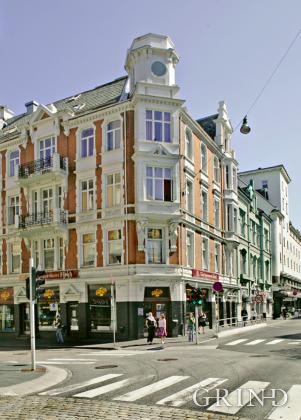 Christiesgate 14-16 (Knut Strand)