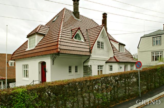 Villa Kalfarlien 8 (Knut Strand)