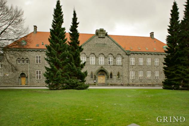 Bergen Off. Bibliotek (Knut Strand)