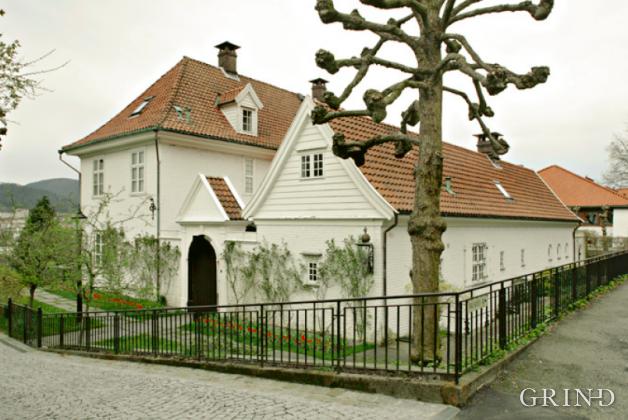 Westfal-Larsens villa (Knut Strand)