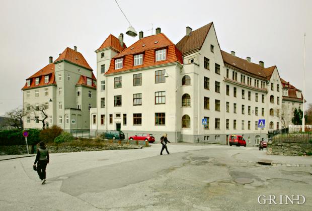 Rothaugskomplekset (Knut Strand)