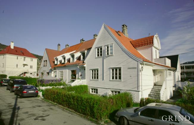 Johan Sverdrupsvei (Knut Strand)