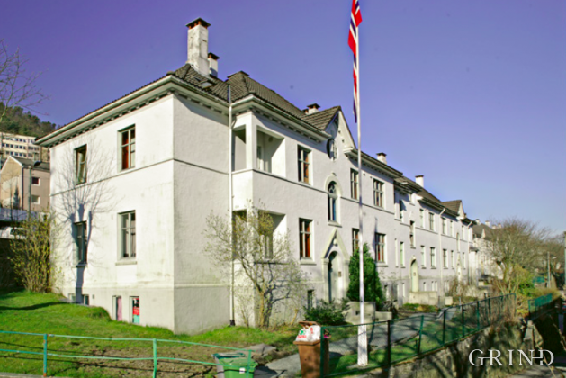 Boliger Lotheveien (Knut Strand)