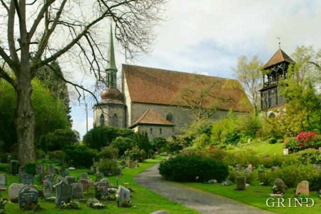 Storetveit kirke (Knut Strand)