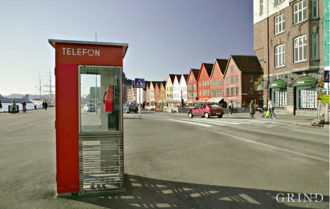 """Telefonkiosk """"Riks"""" (Knut Strand)"""