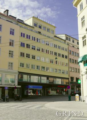 Forretningsgård Chr. Michelsens Gate (Knut Strand)