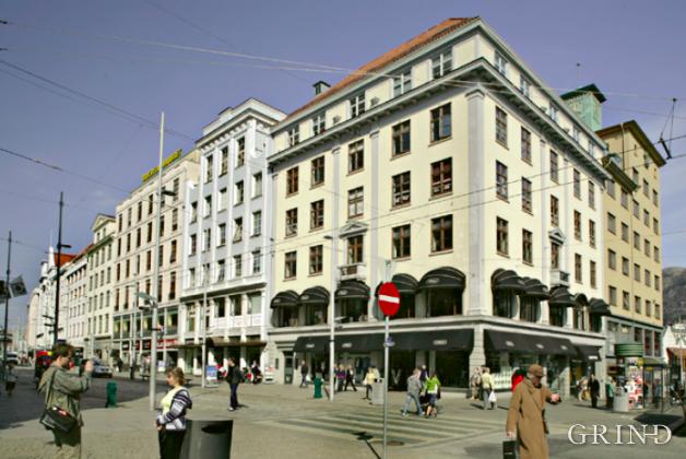 Broegelmannhuset (Knut Strand)