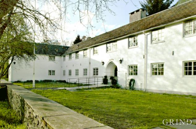 Øvsttun Gamlehjem (Solhaug) (Knut Strand)