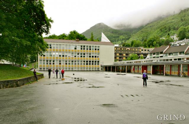 Landås skole (Knut Strand)