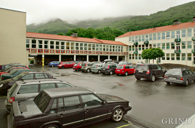 Ulriken skole / bydelssenter (Knut Strand)