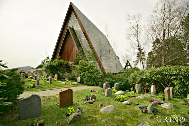 Biskovshavn kirke (Knut Strand)