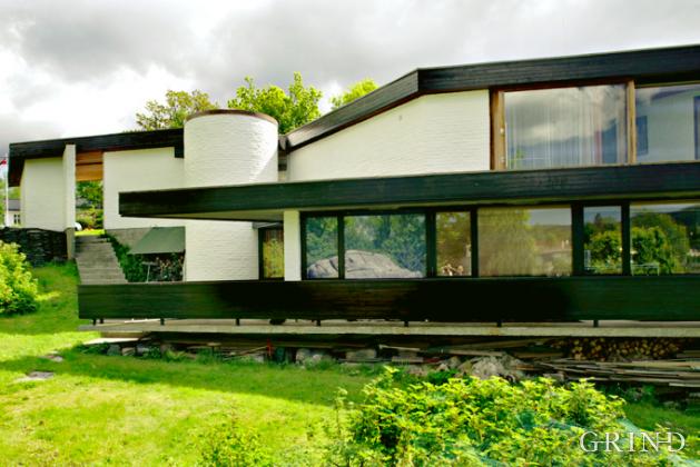 Villa Schjøtt (Knut Strand)