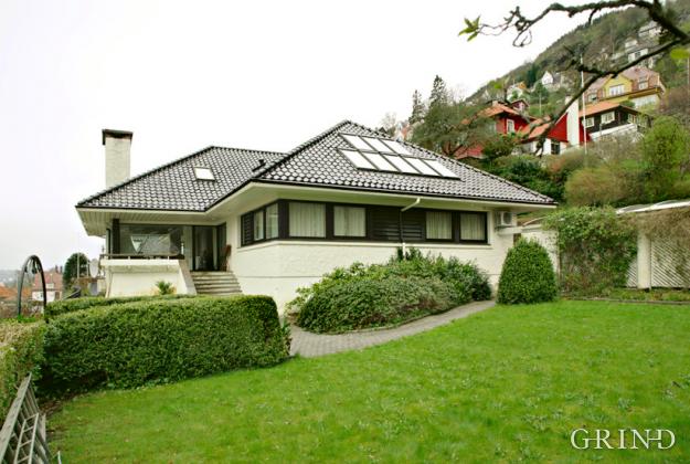 Villa Kalfarlien (Knut Strand)