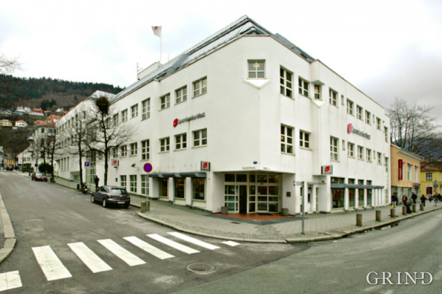 Sparebanken Vest (Knut Strand)