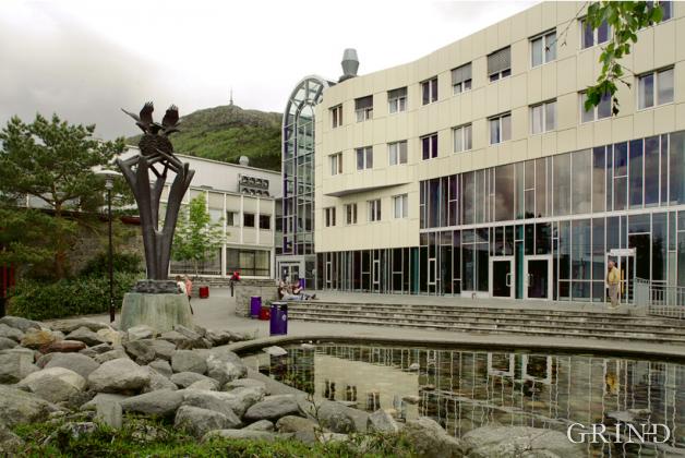 Bergen Lærerhøgskole mellombygg (Knut Strand)