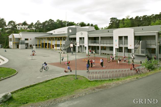 Fjellsdalen skole (Knut Strand)