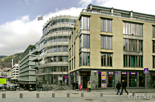 Avishus Bergens Tidende (Knut Strand)