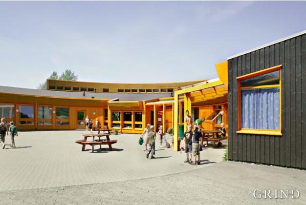 Apeltun skole (Knut Strand)