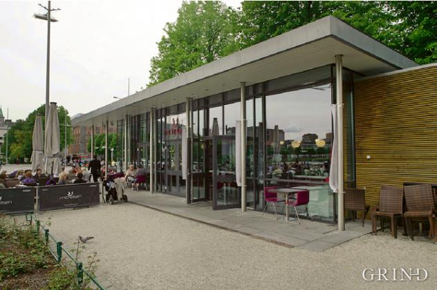Cafe Michelsen (Knut Strand)