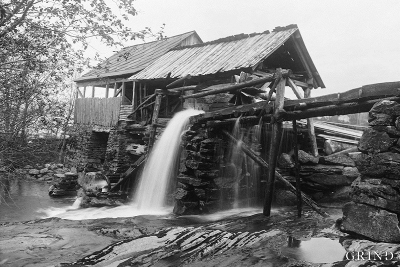 The Byrkjeland saw on Vikøy in Kvam in 1912
