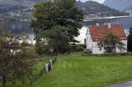 Nedre Hakastad is one of the old farms in Ulvik.