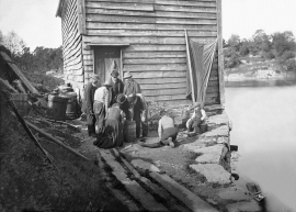 On the quay in Godøysund around the turn of the century.