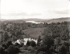Parti frå Tveiterås gård