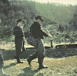 Laksefiske i Lonelva på1950-talet