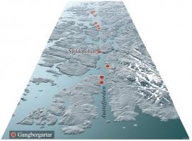 Den beine Austefjorden og landskapsdraget vidare mot nord vart til langs ei forkasting som strekkjer seg djupt ned i jordskorpa.
