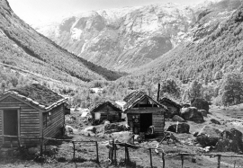Steinslandsstølen around 1950.