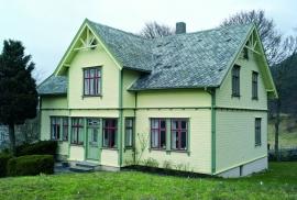 Fartein Valen's house, Valevåg.