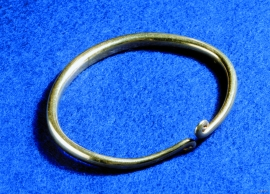 The gold ring from Vikse.