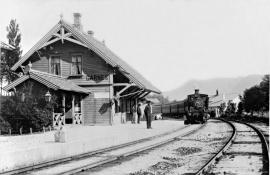 Garnes station