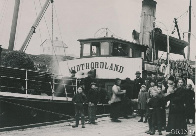 D/S Midthordland at Vedholmen in 1891.