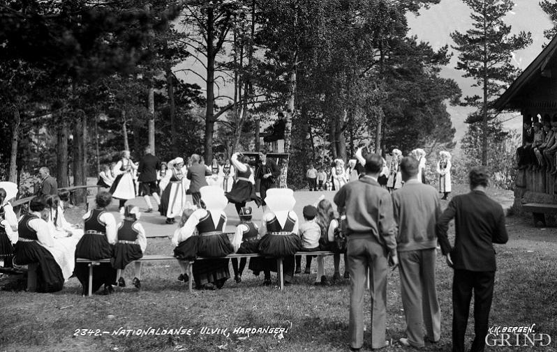 "Folk dancing at ""Solhaug"" around 1926."