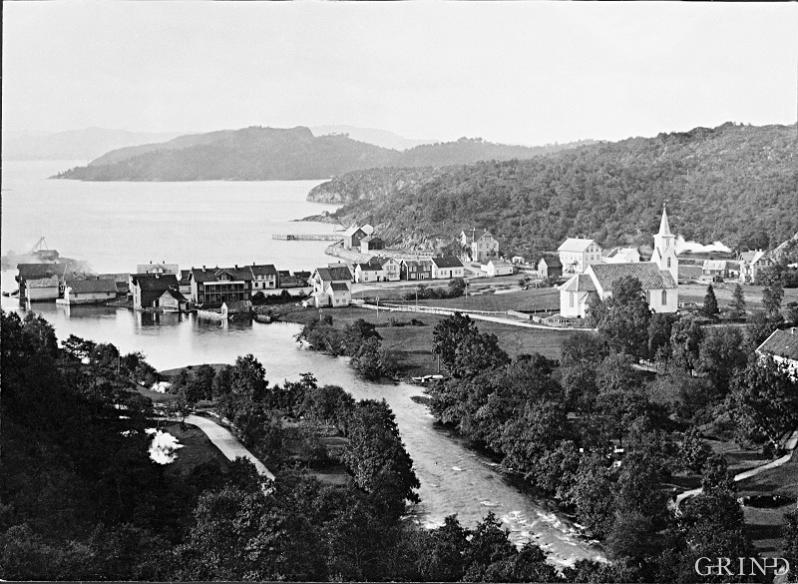 In 1890 Osøyro was a little beach place.