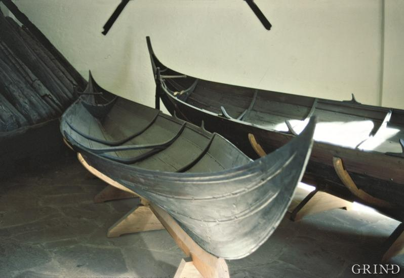Today's Os River boats are closely related to the smallest of the small boats in the Gokstad ship.