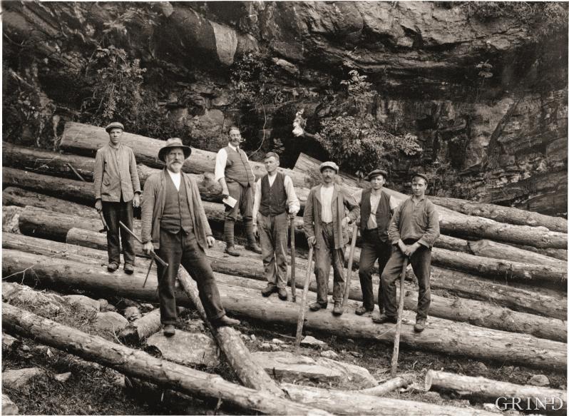 Tømmermålere i arbeid i Vallaviki